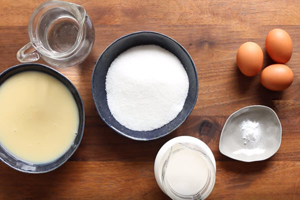 Cách làm bánh flan bằng sữa đặc và sữa tươi cực dễ!